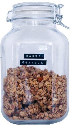 Mandel Granola